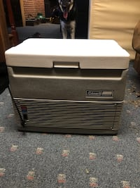 Thermos electric car cooler Coleman Frederick, 21702
