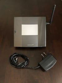 AC750 WI-FI Touch Screen Range Extender - Excellent Condition Toronto, M3M 2R1
