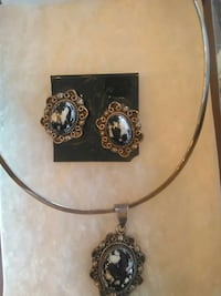Jewelrysterling slvr -Necklace/earring set w/dalmation stones
