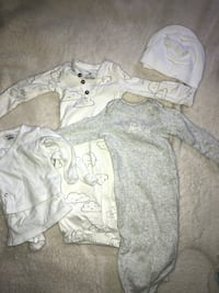 2 newborn sleep gowns  Southampton, 11968