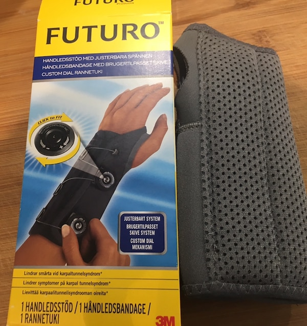 Unused Futuro 3M Wrist splint Adaptable Left