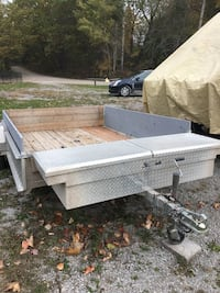 white and gray utility trailer Galway-Cavendish and Harvey, K0L