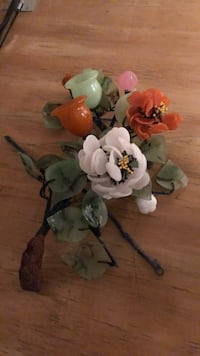 orange, green, and white glass flowers centerpiece Orlando, 32828
