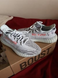 "Yeezy 350 boost V2 "" Blue Tint "" VNDS London, N5Z 4M9"