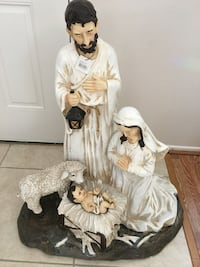 Nativity set outdoor 36 inches tall new with box Las Vegas, 89131