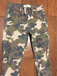 gap camo pants size 24 great condition like new Buellton, 93427