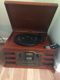 Crosley Record Player Chevy Chase, 20815