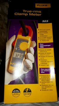 Fluke 323 true - rms Clamp meter BNIB  Pickering, L1W 2Z7