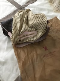 LV shoulders bag size L  Toronto, M9W 0C6