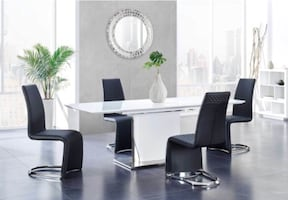 NEW 5 PCS DINING SET BY GLOBAL FURNITURE