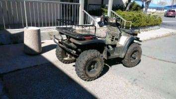 2000 sportsman Remington edition (ATV) W/ WINCH