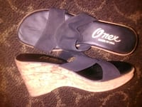pair of black-and-white sandals Fresno, 93720