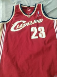 red and white Chicago Bulls 23 jersey Sacramento, 95864