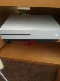 white Xbox One game console Gaithersburg, 20877