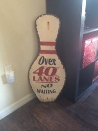 Bowling Pin Wall Decor Lakeland, 33812