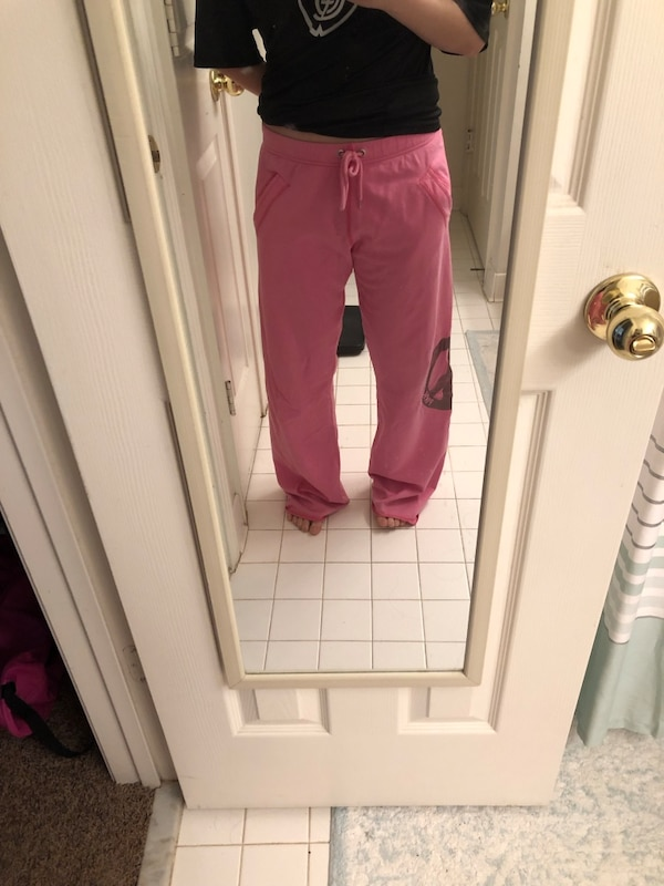 Victoria Secret sweatpants db48cd12-060b-439a-8392-652628098a27