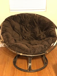Pier one imports papasan chair and cushion  South Bend, 46637