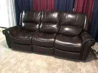 black leather 3-seat recliner sofa Wilkes-Barre, 18702