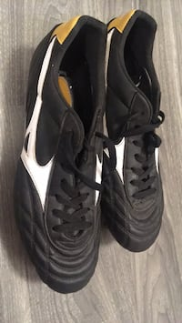 Mizuno rugby cleats