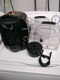 Bosch Tassimo cappuccino machine with boxes of pods n spare parts North Versailles, 15137