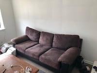 Cosey large couch for FREE Toronto, M6E 3N2