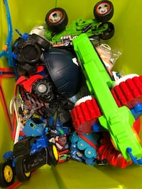 Assorted toys all in good condition  Dollard-des-Ormeaux, H8Y 3B8