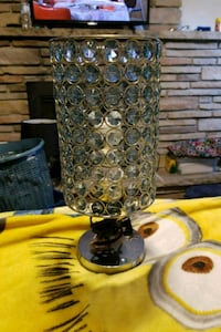 clear glass base with white shade table lamp Bowmanville, L1C 3M3