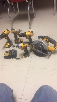 DeWalt cordless hand drill and impact wrench Reston, 20191