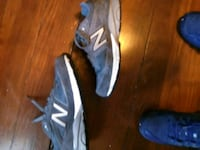 Grey pair of Size 6 New Balance.. Girls!!  Hagerstown, 21740