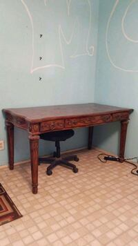 Desk with 3 drawers Las Cruces, 88001
