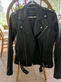 Woman's M leather jacket Mississauga, L5A