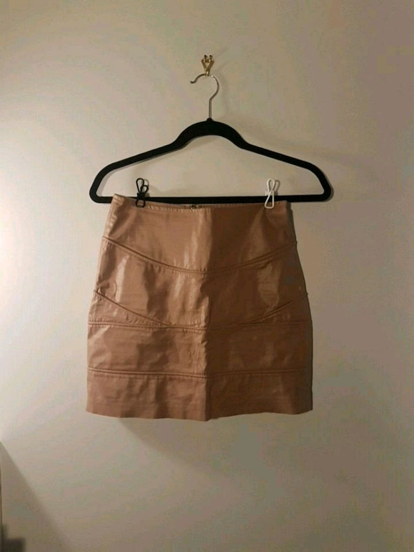 Champagne skirt size S