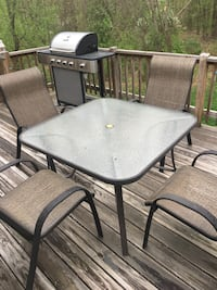 Patio Table and Chairs Hudson, 01749