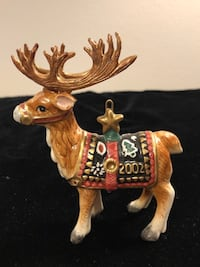 REINDEER ORNAMNET IN THE BOX AND HAND MADE  650 mi