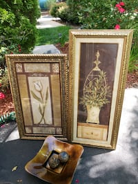 Two wall art pictures and table decoration as a set. Ashburn, 20147