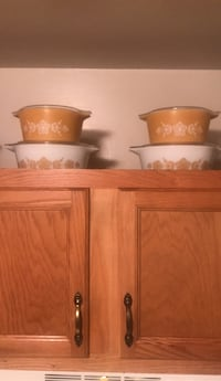 Pyrex Dishes Gwynn Oak, 21207