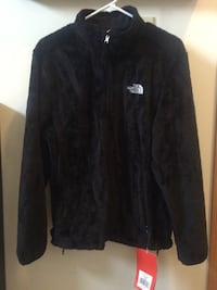 BRAND new with tags, NEVER worn Northface Osito jacket Woodbury, 55125