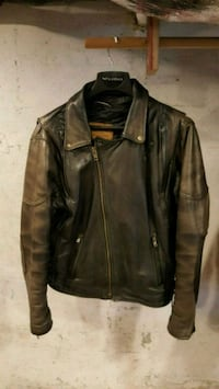 Walter Dyer Men's Leather Jacket - 42L  Millbury, 01527