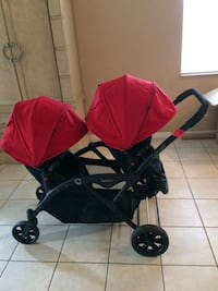 baby's red and black twin stroller Tampa, 33612