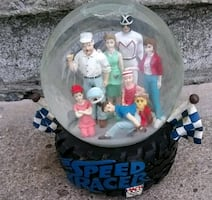 Speed racer Mach 5 snow globe
