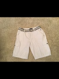 Men's size 36 White Guess Shorts  Milton, L9T 2R1