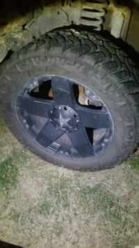 35 12.5 22 tires wheels included Midland, 79706