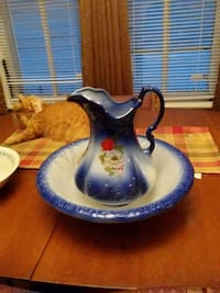 white and blue ceramic pitcher with box Hagerstown, 21740