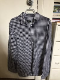 H & M mens Dress Shirt