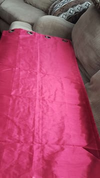 hot pink curtains Courtice, L1E 0C2