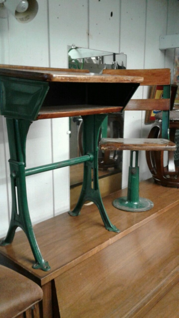 Enjoyable Antique Kids School Desk Chair Gmtry Best Dining Table And Chair Ideas Images Gmtryco