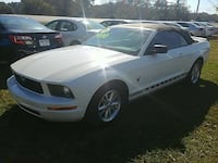 Ford - Mustang - 2009