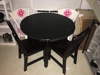 Kids table and chairs Adamstown, 21710