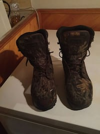 Kamik boots, camouflage hunting boots Moncton, E1E 0B2
