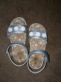 pair of gray-and-silver sandals Fresno, 93727